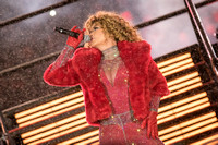 Shania Twain 105th Grey Cup Half-Time Show